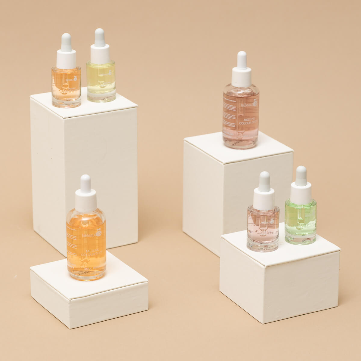 Diversi prodotti estetici Medline Colour Drop - La Beautè
